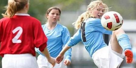 Vrouwenvoetbal Stedendriehoek